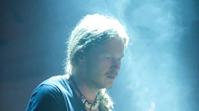 Christian Umbach : Bass